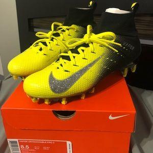 Nike Vapor Untouchable Pro 3 Size 8.5 Yellow/Black
